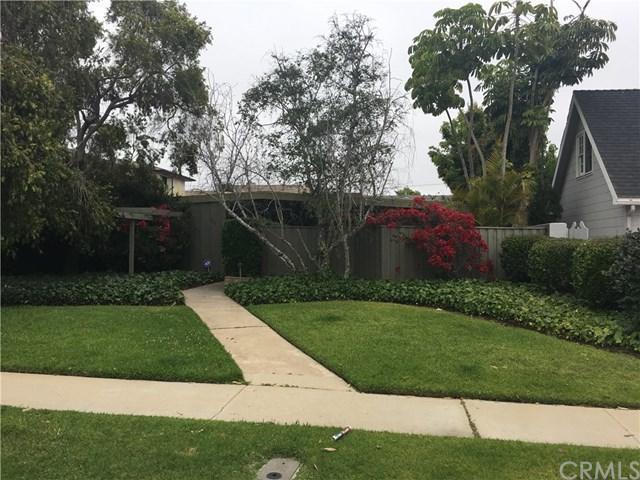 1110 Park Street, Huntington Beach, CA 92648 (#OC17143891) :: TruLine Realty