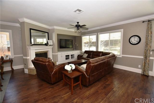 35614 Francis Circle, Winchester, CA 92596 (#SW17142732) :: Kristi Roberts Group, Inc.
