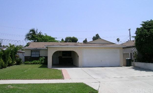 19922 Flallon Avenue, Lakewood, CA 90715 (#SR17143949) :: Kato Group
