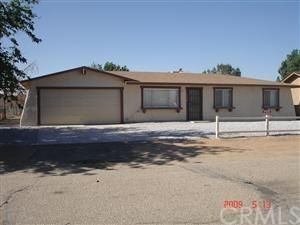 10706 White Avenue, Adelanto, CA 92301 (#IV17144114) :: RE/MAX Innovations -The Wilson Group