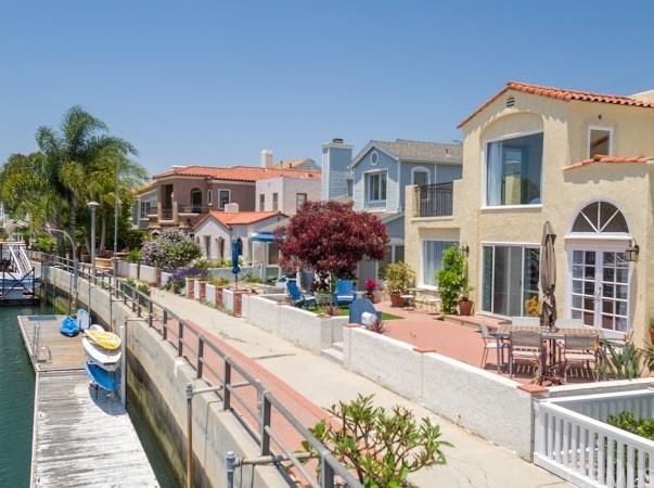 77 Rivo Alto Canal, Long Beach, CA 90803 (#PW17144038) :: Kato Group
