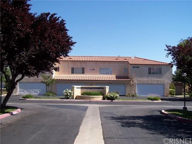 43443 30th Street W #2, Lancaster, CA 93536 (#SR17144169) :: Kristi Roberts Group, Inc.
