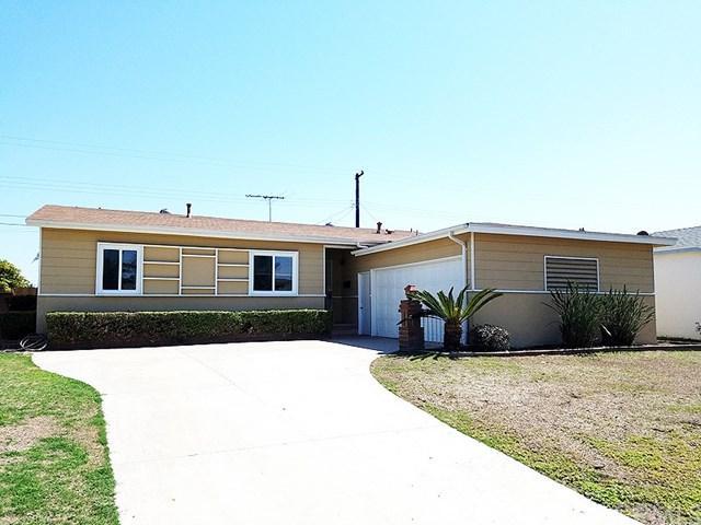 1618 W Roberta Avenue, Fullerton, CA 92833 (#TR17144211) :: RE/MAX New Dimension