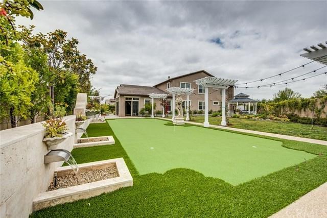 111 Nevine, Irvine, CA 92618 (#OC17136307) :: DiGonzini Real Estate Group