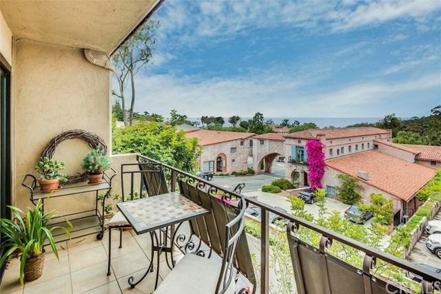 2525 Via Campesina #303, Palos Verdes Estates, CA 90274 (#PV17138850) :: Erik Berry & Associates
