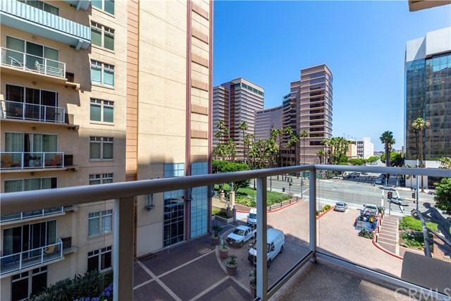 488 E Ocean Boulevard #404, Long Beach, CA 90802 (#PW17144543) :: Keller Williams Realty, LA Harbor