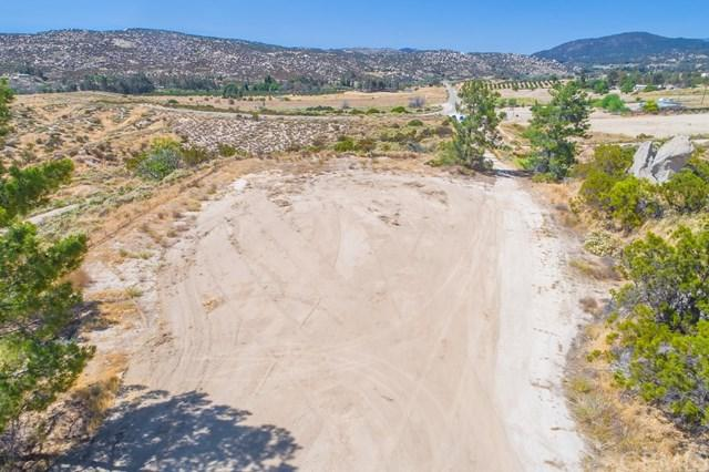 40500 Reed Valley Road, Aguanga, CA 92536 (#SW17144577) :: California Realty Experts