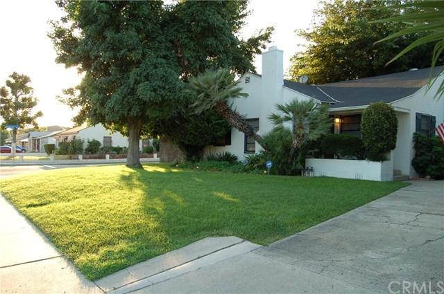 1051 E Kingsley Avenue, Pomona, CA 91767 (#CV17145039) :: RE/MAX Masters