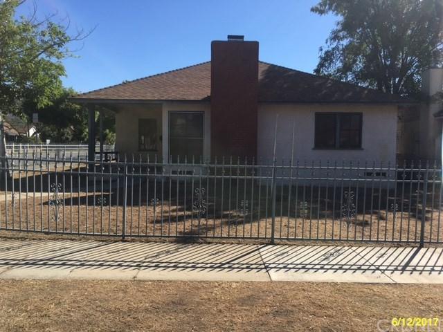 1723 2nd Street, San Fernando, CA 91340 (#SR17145286) :: RE/MAX Masters
