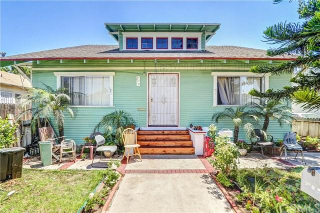 279 W 10th Street, San Pedro, CA 90731 (#SB17142159) :: Keller Williams Realty, LA Harbor