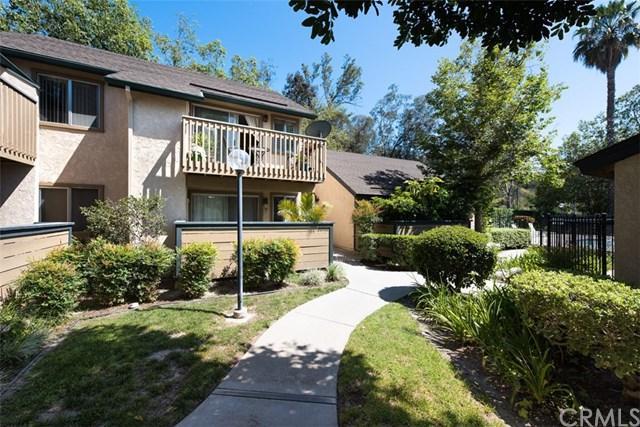 20906 Serrano Creek Road #44, Lake Forest, CA 92630 (#OC17144141) :: Fred Sed Realty