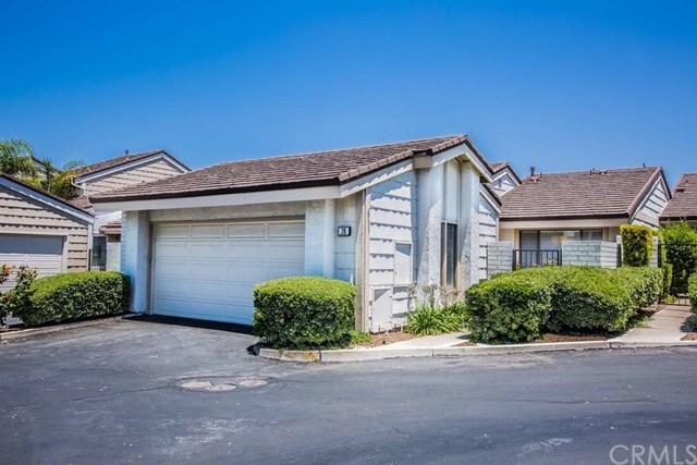 28 Wetstone #49, Irvine, CA 92604 (#OC17145935) :: Fred Sed Realty