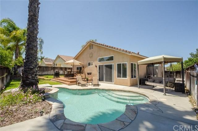 33408 Calle Cantu, Temecula, CA 92592 (#SW17139433) :: Allison James Estates and Homes