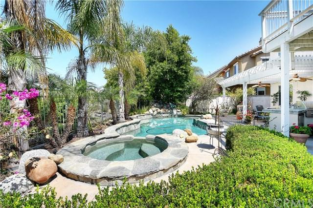 23351 Cobblefield, Mission Viejo, CA 92692 (#OC17146219) :: Fred Sed Realty