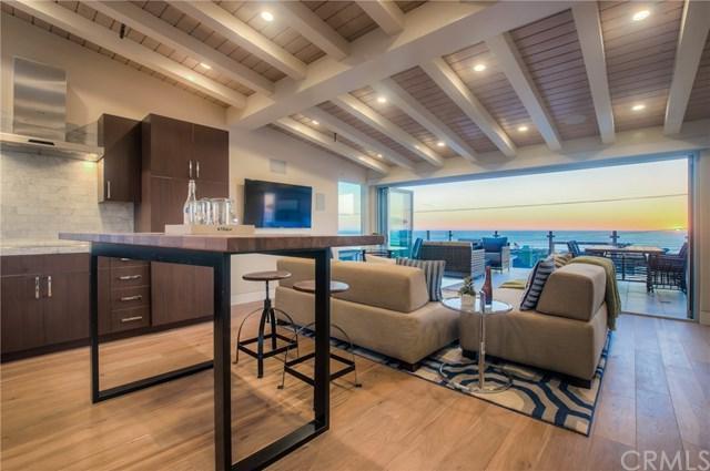 1819 Monterey Boulevard, Hermosa Beach, CA 90254 (#SB17146249) :: Erik Berry & Associates