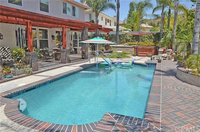 39756 Mount Blanc Avenue, Murrieta, CA 92562 (#SW17144643) :: Allison James Estates and Homes