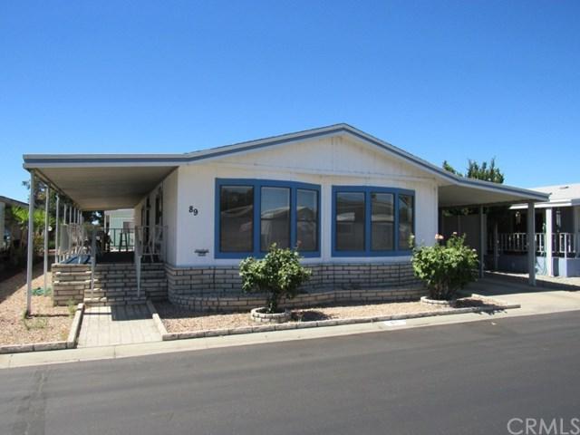 1300 W Menlo Avenue #89, Hemet, CA 92543 (#SW17146489) :: Allison James Estates and Homes