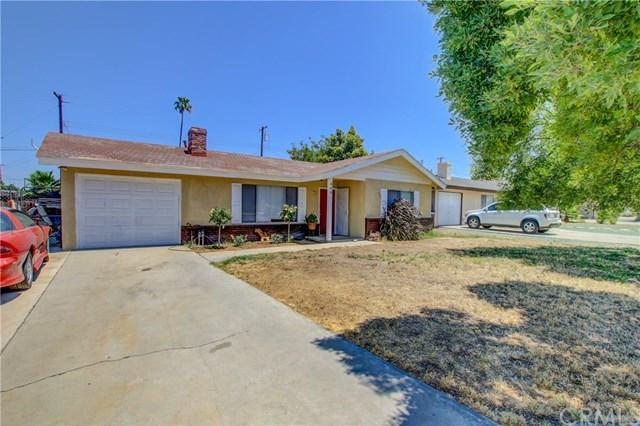 440 W Thornton Avenue, Hemet, CA 92543 (#SW17146501) :: Allison James Estates and Homes
