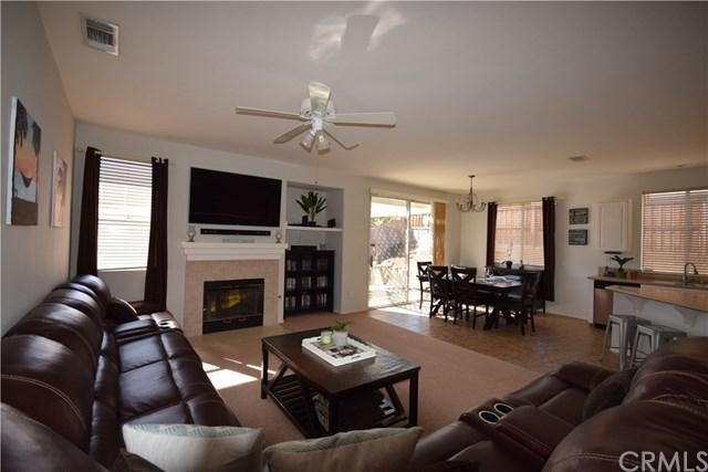 21013 High Crest Drive, Lake Elsinore, CA 92532 (#SW17146276) :: Allison James Estates and Homes