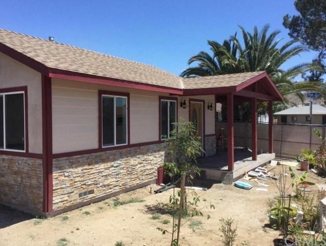 501 W Graham Avenue, Lake Elsinore, CA 92530 (#SB17144826) :: Allison James Estates and Homes