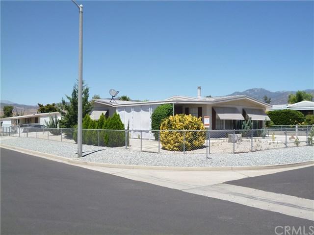 43744 Rassle Drive, Hemet, CA 92544 (#SW17146865) :: Allison James Estates and Homes
