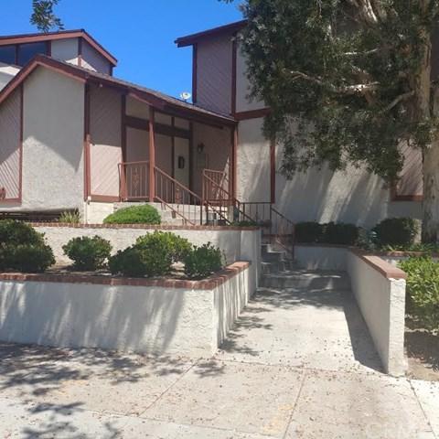 2509 W Redondo Beach Boulevard #3, Gardena, CA 90249 (#PW17146976) :: Erik Berry & Associates