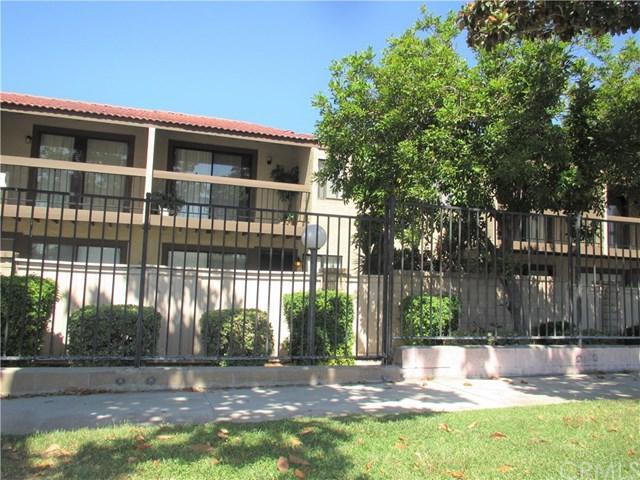 9244 Citrus Avenue B, Fontana, CA 92335 (#TR17150968) :: RE/MAX Estate Properties