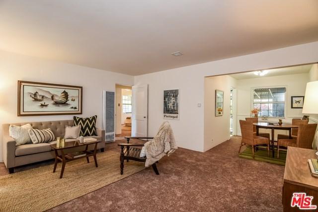 8809 De Haviland Avenue, Westchester, CA 90045 (#17248450) :: Erik Berry & Associates