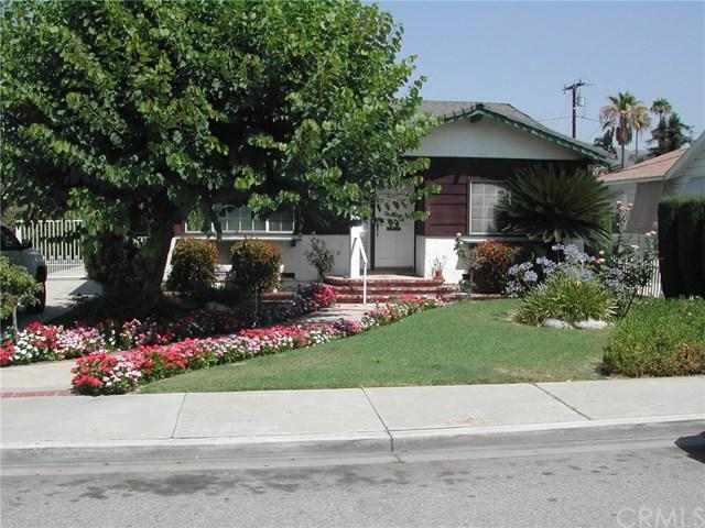 633 N Hagar Street, San Fernando, CA 91340 (#PW17155044) :: The Brad Korb Real Estate Group