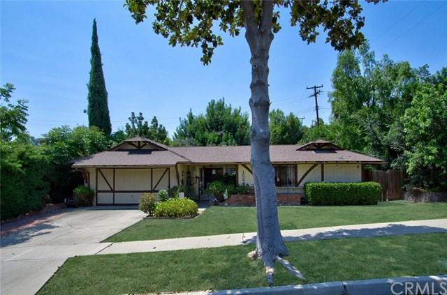 1524 Beechwood Avenue, Fullerton, CA 92835 (#PW17156173) :: The Darryl and JJ Jones Team