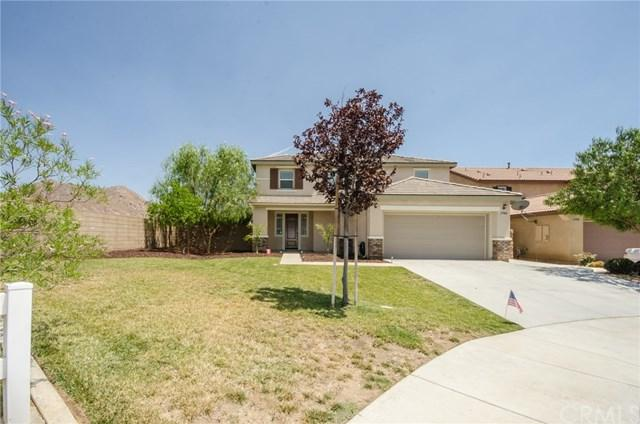 27068 Red Rock Court, Menifee, CA 92585 (#SW17160857) :: California Realty Experts