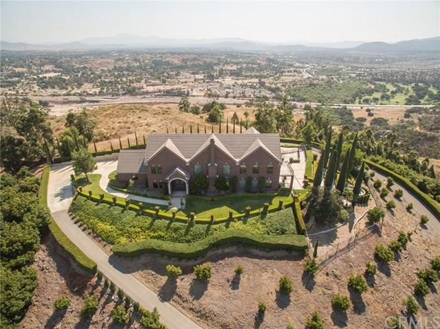 29243 Ridgeline Court, Temecula, CA 92590 (#SW17157381) :: California Realty Experts