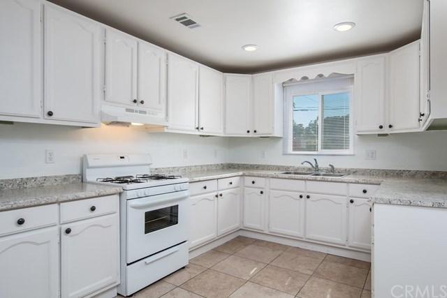 40761 Johnston Avenue, Hemet, CA 92544 (#SW17154408) :: Dan Marconi's Real Estate Group