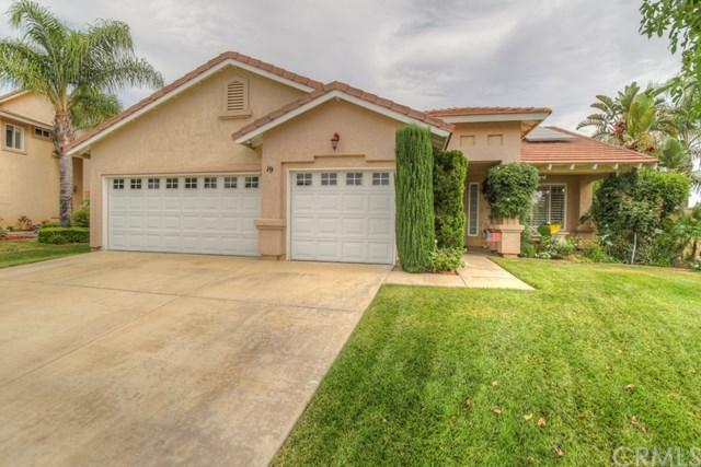 19 Corte Montena, Lake Elsinore, CA 92532 (#SW17165315) :: Kim Meeker Realty Group