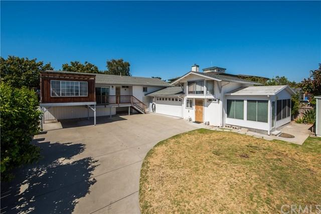 1063 Atlantic City Avenue, Grover Beach, CA 93433 (#PI17165269) :: Pismo Beach Homes Team