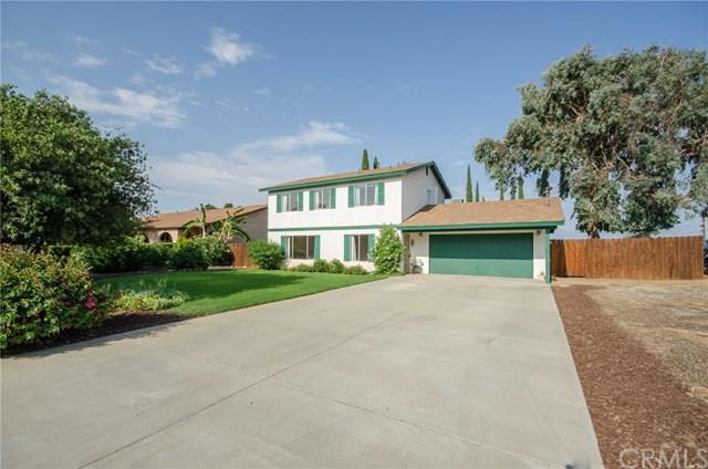 435 W Hawthorne Street, Fallbrook, CA 92028 (#SW17166295) :: Dan Marconi's Real Estate Group