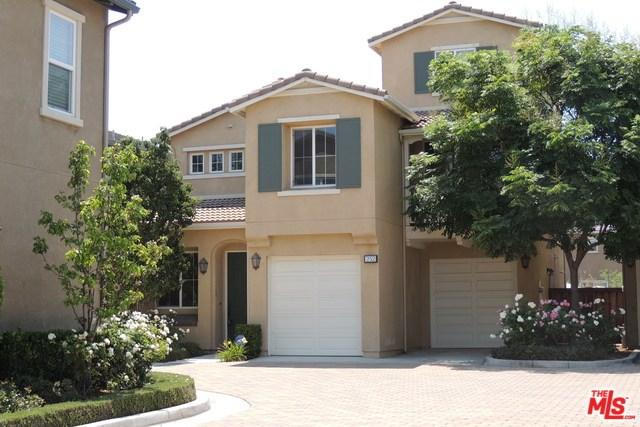 252 W Pebble Creek Lane, Orange, CA 92865 (#17253302) :: The Darryl and JJ Jones Team