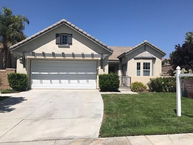 29077 Bridalveil Lane, Menifee, CA 92584 (#SW17165932) :: California Realty Experts