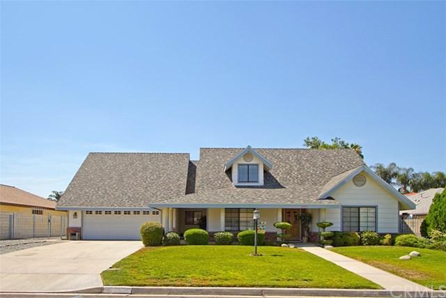 4433 Du Cane Street, Hemet, CA 92544 (#SW17166724) :: Dan Marconi's Real Estate Group