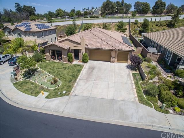 353 Charles Swisher Court, Fallbrook, CA 92028 (#SW17166796) :: Dan Marconi's Real Estate Group