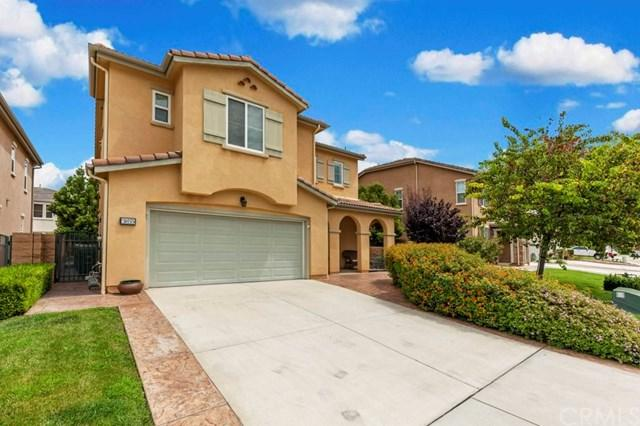 3855 Lake Circle Drive, Fallbrook, CA 92028 (#SW17165840) :: Dan Marconi's Real Estate Group