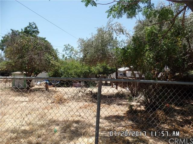 824 E Lakeshore Drive, Lake Elsinore, CA 92530 (#IV17167251) :: California Realty Experts