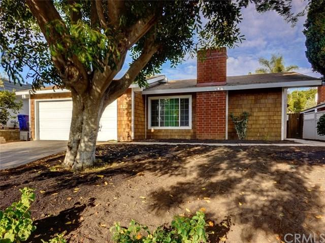 127 Bluebird Park Road, Fallbrook, CA 92028 (#SW17166071) :: Dan Marconi's Real Estate Group