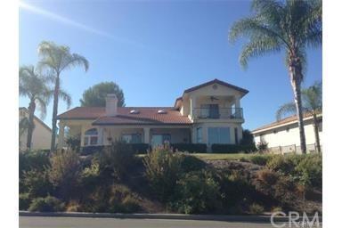 23141 Pretty Doe Drive, Canyon Lake, CA 92587 (#SW17167313) :: Dan Marconi's Real Estate Group