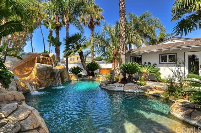 496 Walnut Place, Costa Mesa, CA 92627 (#NP17167647) :: Mainstreet Realtors®