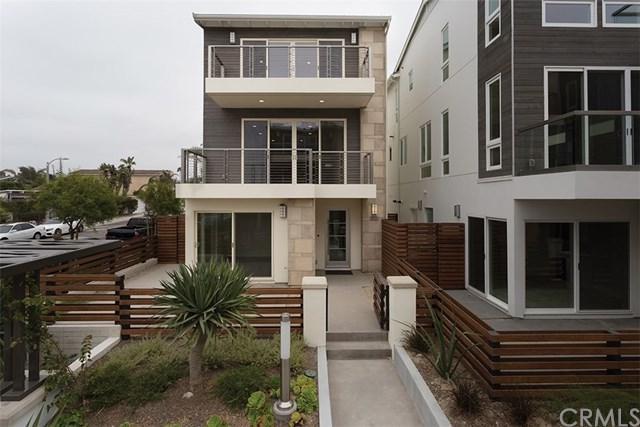 5511 River Avenue, Newport Beach, CA 92663 (#NP17166296) :: Teles Properties