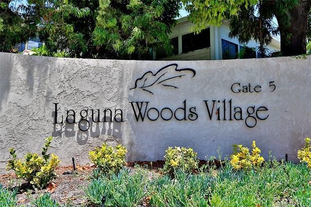 2391 Via Mariposa W 1C, Laguna Woods, CA 92637 (#OC17168595) :: Teles Properties