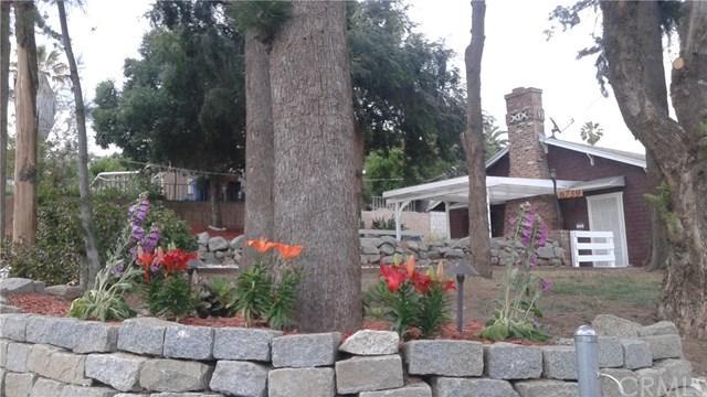6739 Mitchell Avenue, Riverside, CA 92505 (#IV17168683) :: Dan Marconi's Real Estate Group
