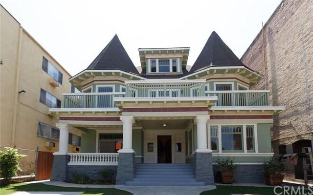690 S Burlington Avenue, Los Angeles (City), CA 90057 (#MB17168770) :: RE/MAX Estate Properties