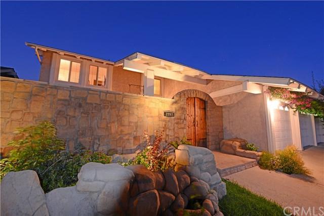2792 Waxwing Circle, Costa Mesa, CA 92626 (#PW17160102) :: Mainstreet Realtors®